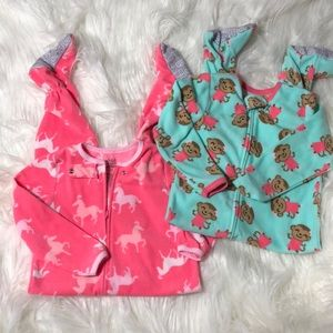 💕3 for $25 New child of mine by carter's PJ 3T.